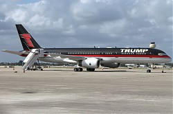 N757FA_Trumpforce_One_PBI_9-3-2016.jpg