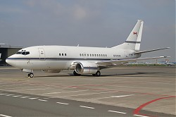 Pacific_Sky_Aviation_B737-53A_C-FPHS_28SPL29.jpg