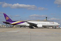 Thai_Airways_B777-35R_ER_HS-TKJ_28CDG29.jpg