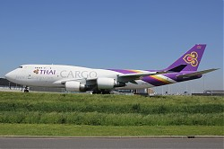 Thai_Airways_Cargo_B747-400BCF_HS-TGJ.jpg