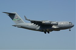 USA-Air_Force_Boeing_C-17A_Globemaster_III_02-1106_28Ramstein29.jpg