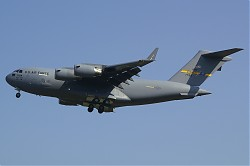 USA-Air_Force_Boeing_C-17A_Globemaster_III_07-7184_28Ramstein29.jpg