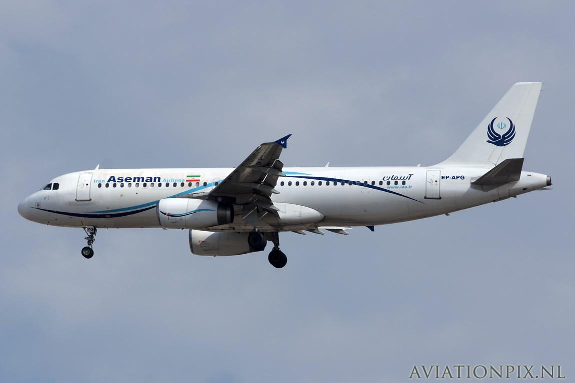 http://www.aviationpix.nl/albums/userpics/10055/7600_A320_EP-APG_Aseman.jpg
