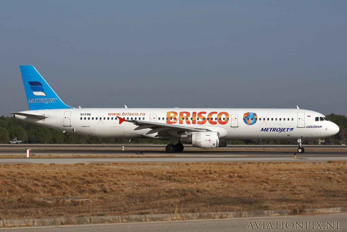 http://www.aviationpix.nl/albums/userpics/10055/7678_A321_EI-FSB_MetroJet_Brisco.jpg