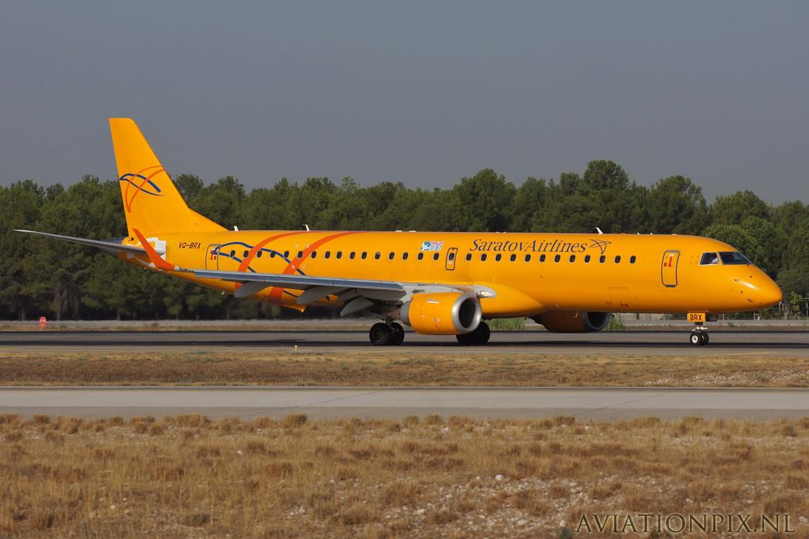 http://www.aviationpix.nl/albums/userpics/10055/7727_ERJ195_VQ-BRX_Saratov.jpg