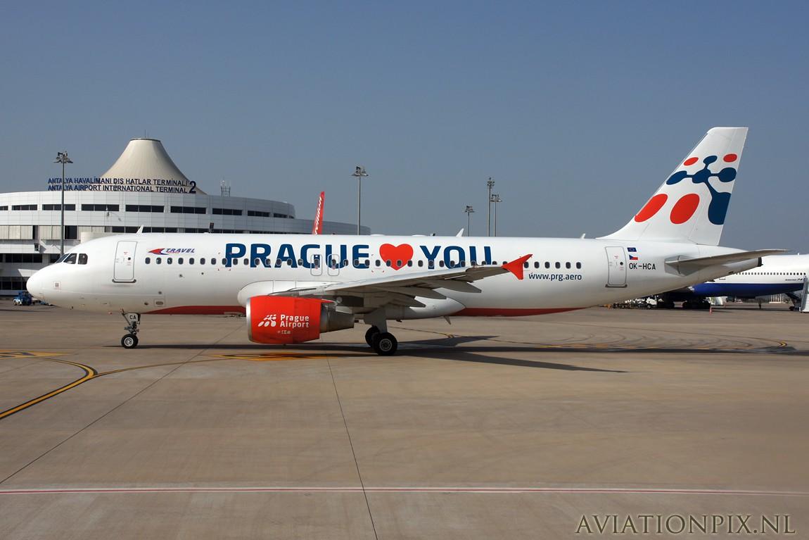 http://www.aviationpix.nl/albums/userpics/10055/8174_A320_OK-HCA_Travelservice_Prague.jpg