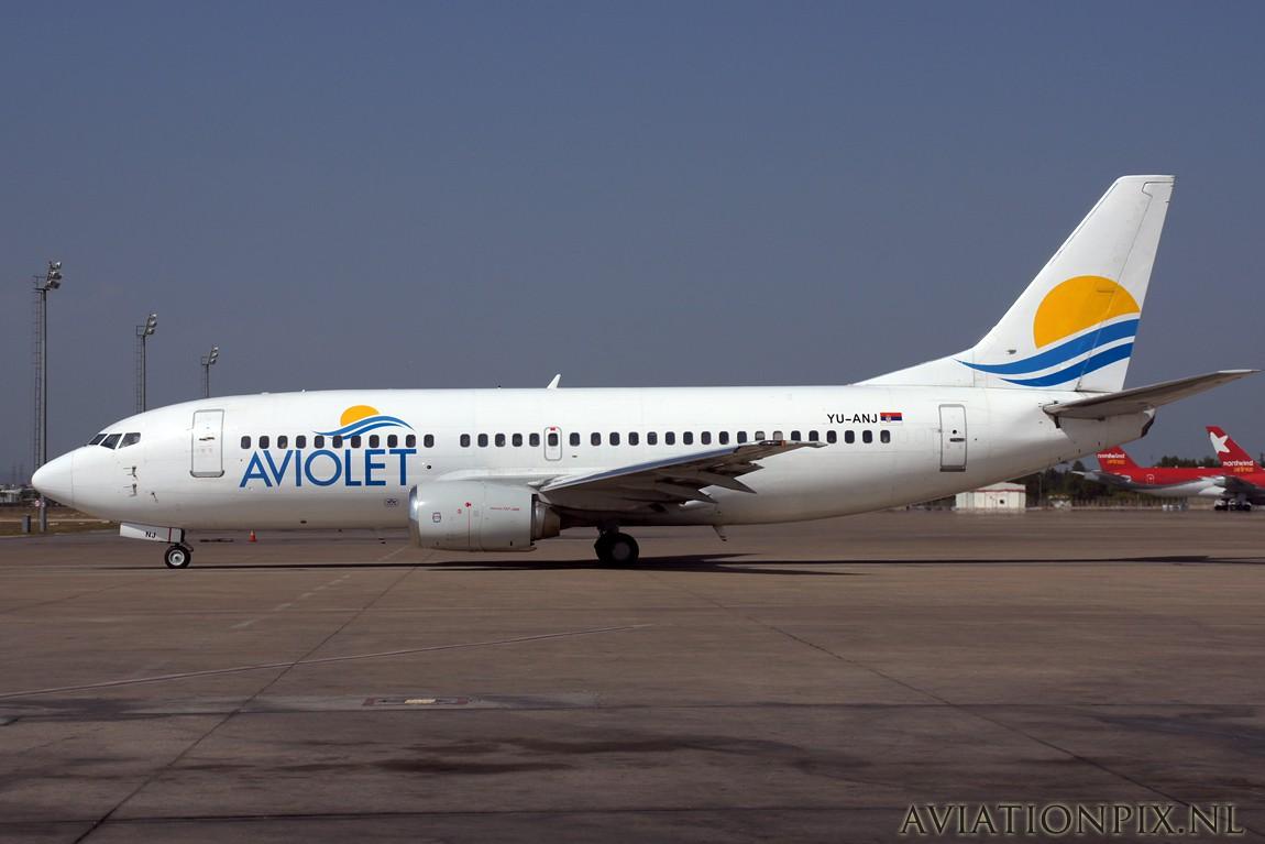 http://www.aviationpix.nl/albums/userpics/10055/9961_B737_YU-ANJ_Aviolet.jpg