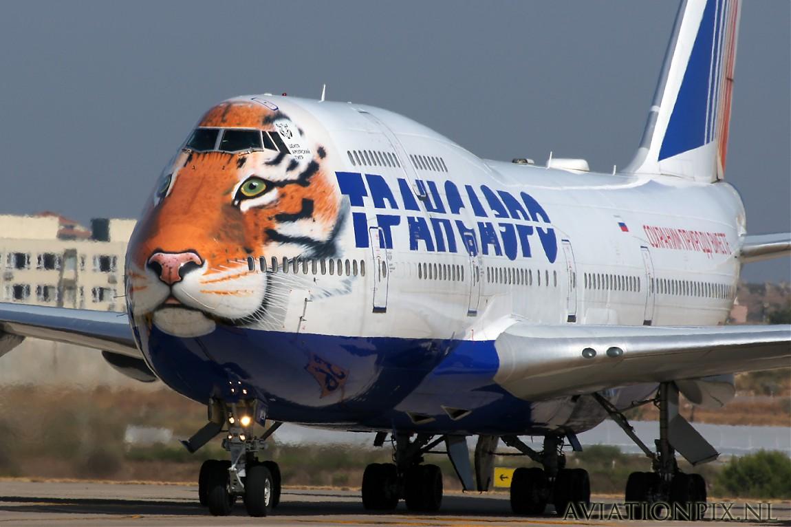 http://www.aviationpix.nl/albums/userpics/10055/normal_4051_B747_Tiger.jpg