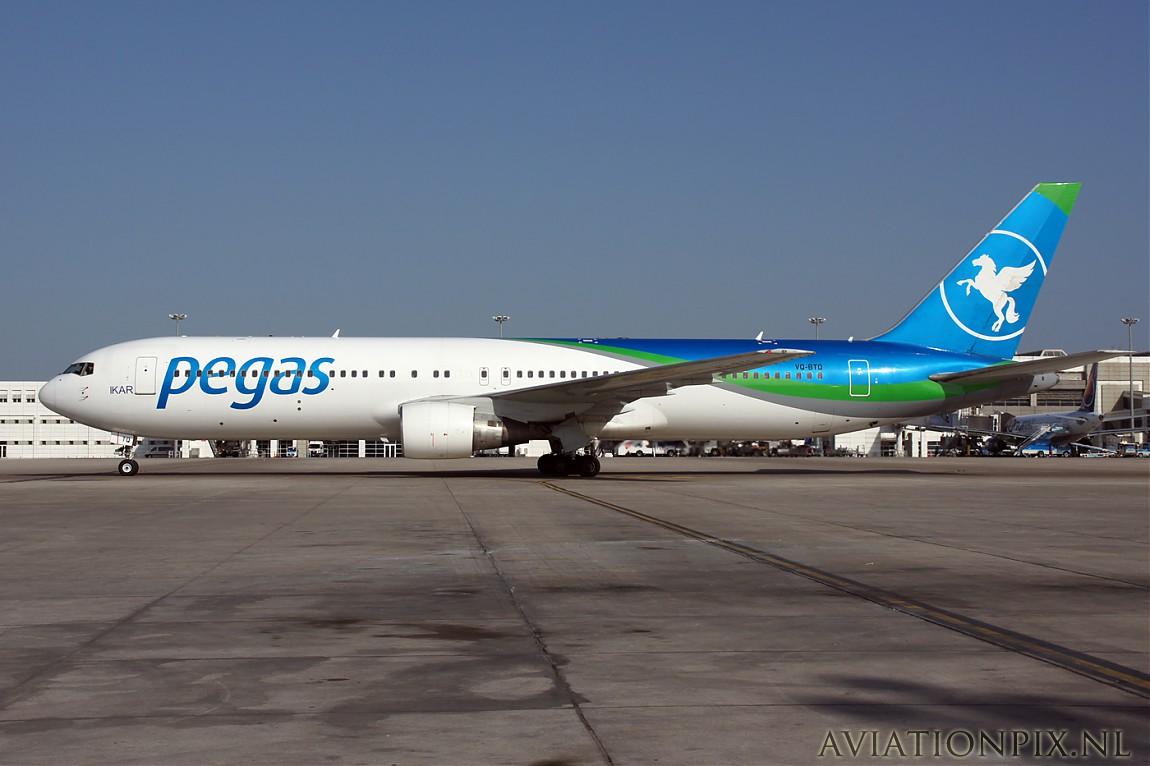 http://www.aviationpix.nl/albums/userpics/10055/normal_9101_B767_VQ-BTQ_Pegas.jpg