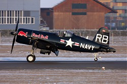 1044_F4U_Corsair_OE-EAS_Red_Bull.jpg