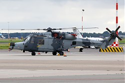 2592_AW159_Wildcat_ZZ386_UK_Army.jpg