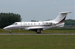 274_Phenom300_CS-PHB_Netjets.jpg