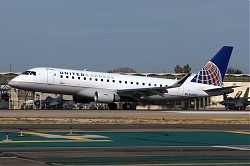 365_EMB170_N128SY_United_Skywest.jpg