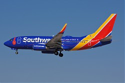 4256_B737_N909WN_Southwest_Beats.jpg
