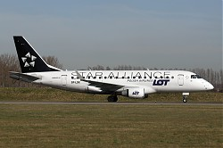 5568_ERJ170_SP-LDK_LOT_Star_Alliance.jpg