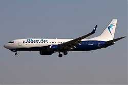 585_B737_YR-BMK_Blue_Air.jpg