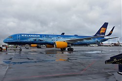 6226_B757_TF-FIR_Icelandair_80_years.jpg