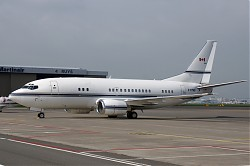 6424_B737_C-FPHS_Pacific_Sky_Aviation.jpg