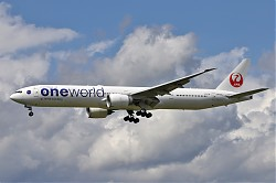 6813_B777_JA732J_JAL_One_World.jpg
