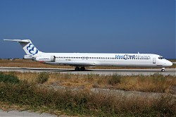 7385_MD80_YR-HBH_BlueBird_Airways.jpg