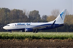 7897_B737_SP-LUA_LOT_Blue_Air.jpg