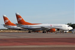 8923_B737_N529AU_Swift_Air.jpg