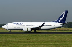 9149_B737_Z3-AAJ_Skywings.jpg