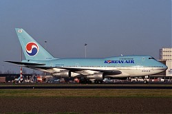 B747sp_HL7457_Korean_1200.jpg