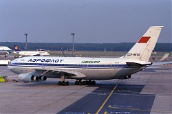 IL86_CCCP-86104_Greenair_1150.jpg